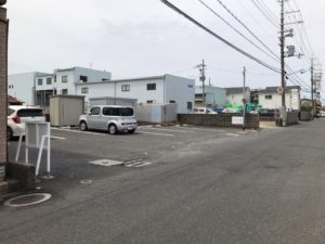 長瀬墓地(東大阪市)の駐車場
