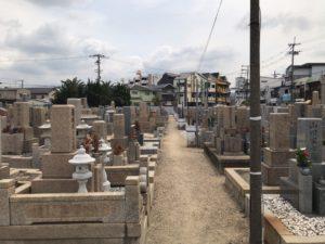 長瀬墓地(東大阪市)の風景