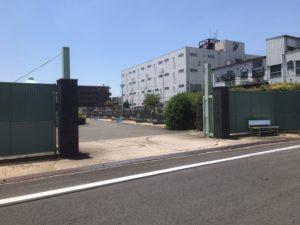 東大阪市楠根墓地の入り口