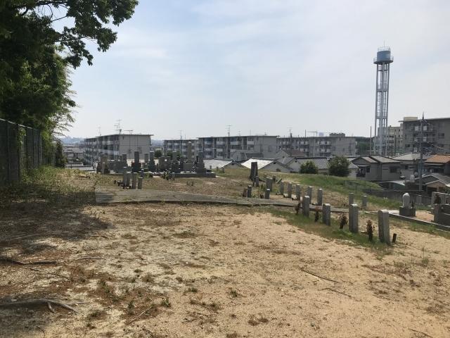 神戸市西区の出合丸山墓地