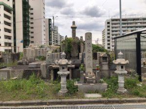 荒本墓地の軍人墓