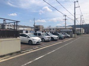 加納川田墓地の駐車場