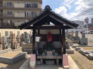 森河内新地墓地(東大阪市)のお堂