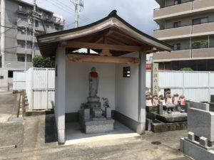 戸伏墓地(茨木市)の迎地蔵