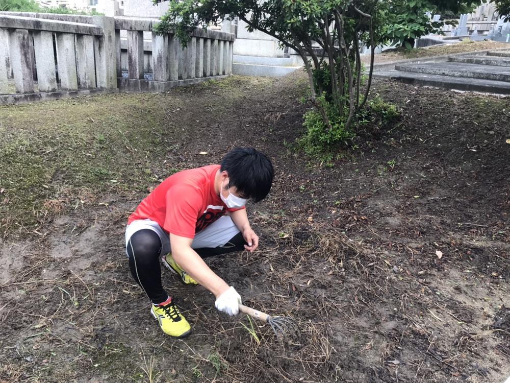 川西の火打墓地にて 草刈りがんばりました!