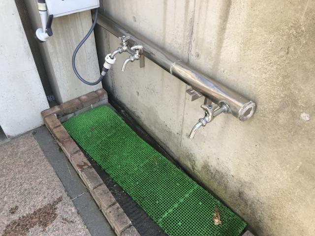 神戸市中央区 春日野墓地ののお墓の水場