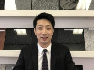 石のお店 神戸支店の支店長 お墓ディレクター検定1級の吉谷です。