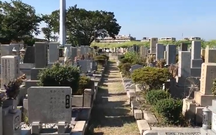 尼崎市弥生ケ丘墓園の様子3