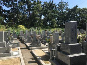 豊中市にある穂積新家墓地です。