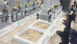 植松墓地(八尾市)のお墓