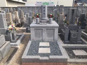 御供田墓地(大東市)のお墓