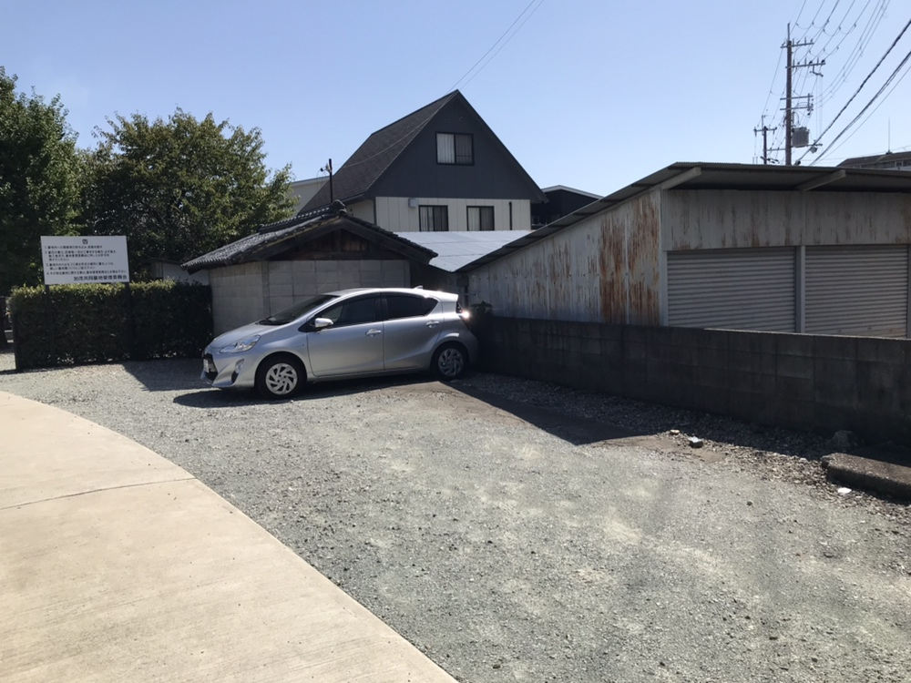 加茂共同墓地(川西市)の駐車場