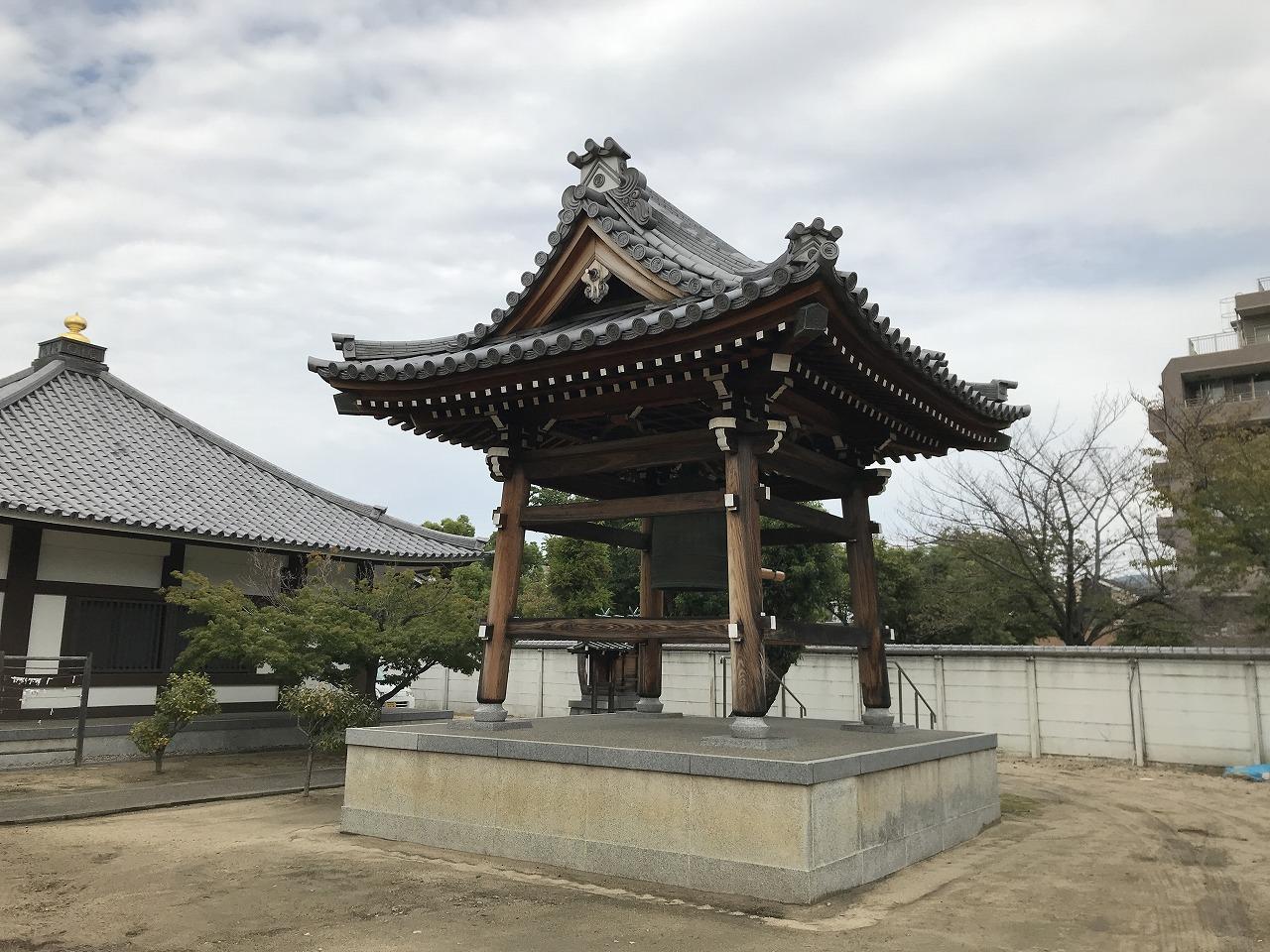 真光寺(神戸市兵庫区)の鐘撞堂