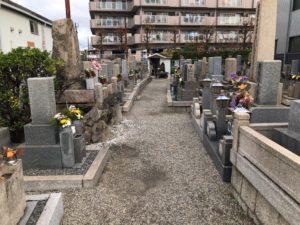 御領墓地(大東市)のお墓