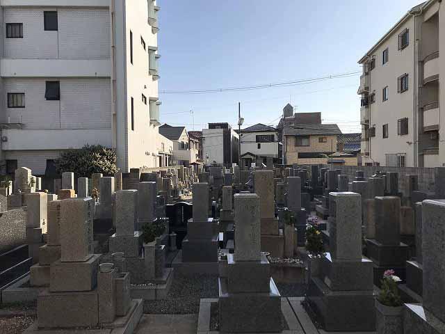 安立霊園(大阪市住之江区)のお墓の様子