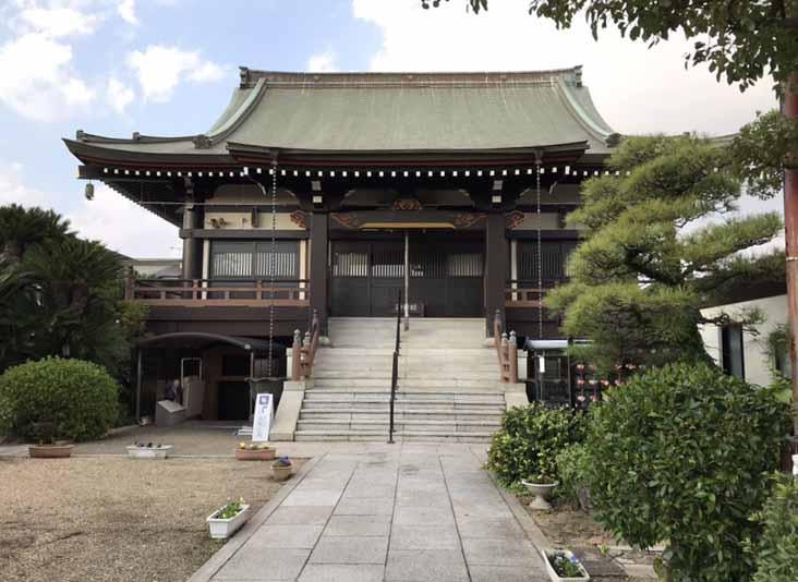 圓満寺土山霊苑(加古郡播磨町)のお寺の本堂