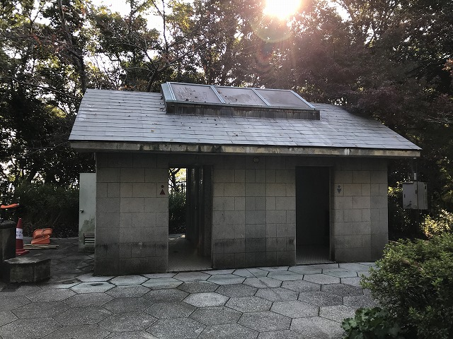 烏原霊園(神戸市兵庫区)のお手洗い