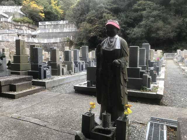 神戸市営追谷墓園(神戸市中央区)のお地蔵さん