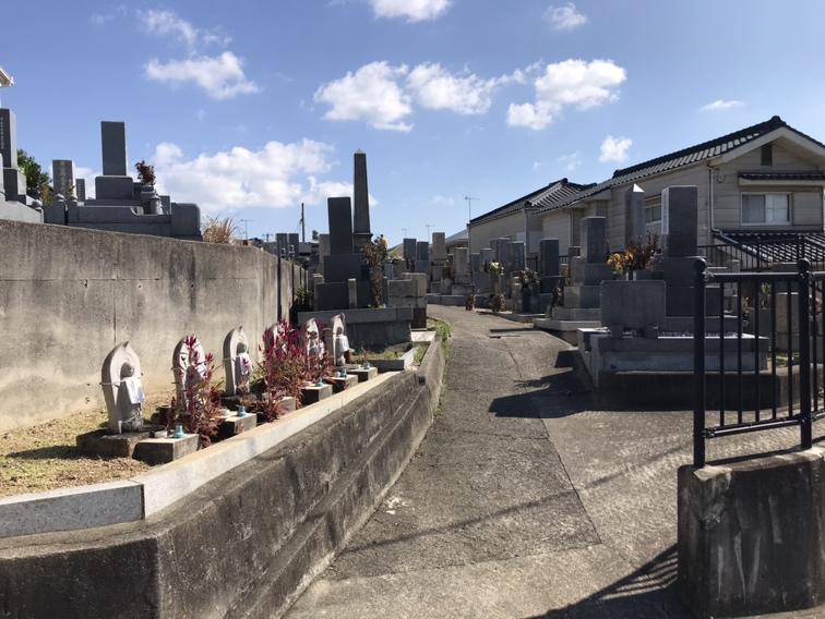 松陰財産区墓地の六地蔵さん