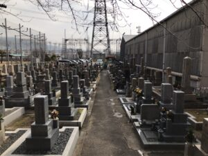 中垣内墓地(大東市)のお墓