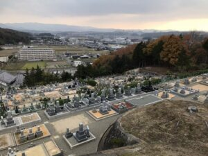 城ヶ丘墓地公園(三田市)の墓地の様子
