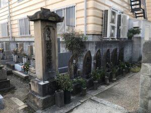 上坂部・森共同墓地の六地蔵さん