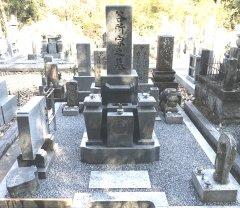 貴志坂下墓地でお手伝いさせていただきました(谷所様)