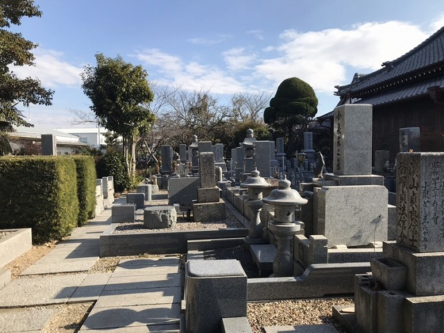 宝珠寺(神戸市西区)曹洞宗の墓地の様子