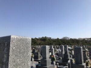 明石市の市営墓地、石ケ谷墓園でお墓の拓本をとりにきました。21.3.23