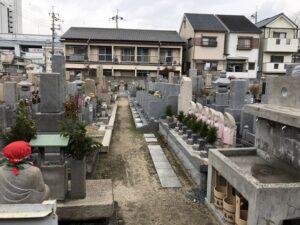 小松西墓地(西宮市)の墓地の様子