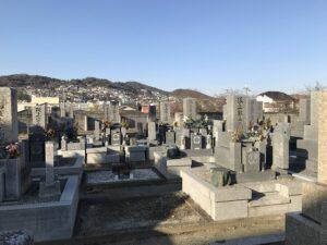 口谷墓地(宝塚市)の墓地の様子