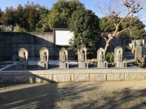 口谷墓地(宝塚市)の六地蔵さん