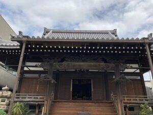 21.4.3_願成寺さん(神戸市兵庫区)で快晴の下、納骨式でした。