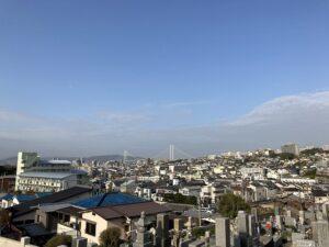 21.4.3_明石海峡が見える墓地、乙木墓地(神戸市垂水区)でお墓の確認です。