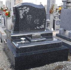 八尾市立龍華墓地でお墓を建立させていただきました(末弘様)