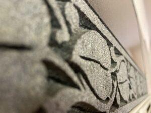 日本で2社しか出来ない彫刻技術、ファントーニ彫刻です。