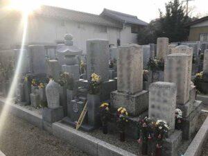 福林寺(明石市)の墓地の様子