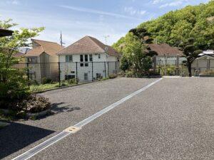 平井墓地(宝塚市)の軍人さんの駐車場