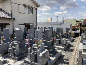 地蔵寺墓地(宝塚市)の墓地の様子