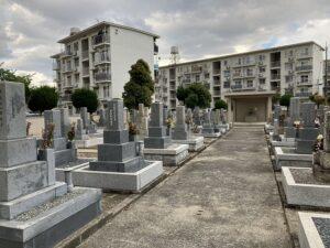 丸橋墓地(宝塚市)の近隣の墓地の様子
