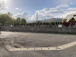 中筋墓地(宝塚市)の駐車場