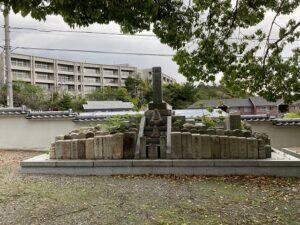 才田墓地(宝塚市)の無縁塚