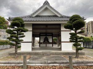 才田墓地(宝塚市)の迎え佛さん