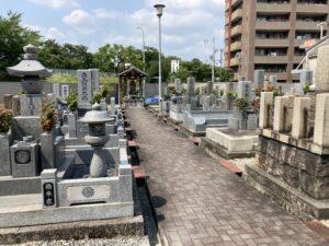 金田墓地(吹田市)のお墓