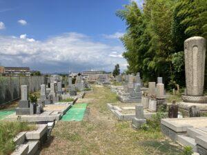 山田下・小川共同墓地(吹田市)のお墓