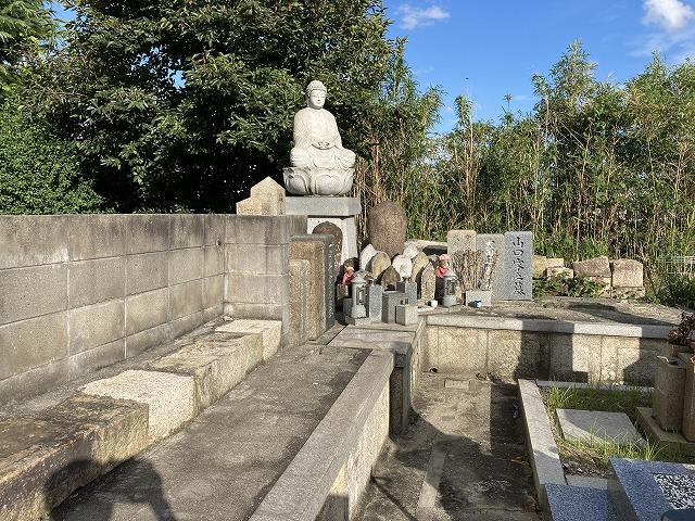 常楽寺墓地(明石市)のお